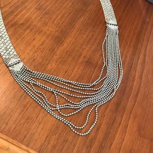 EUC CAbi Villa Convertible Necklace Silver